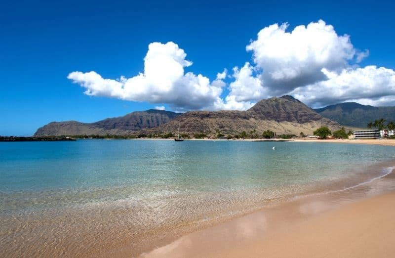 makaha beach park oahu